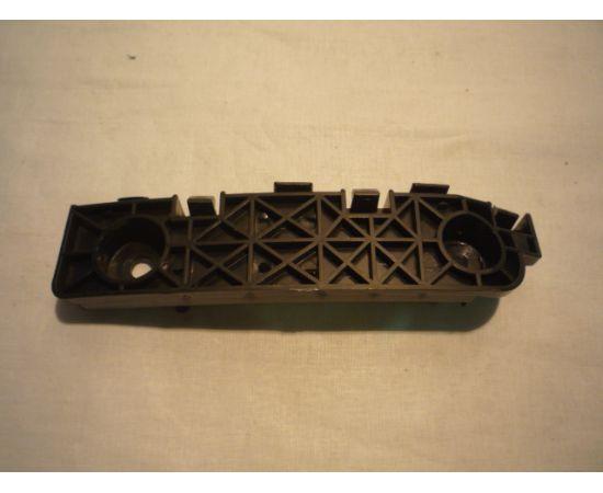 Кронштейн крепления переднего бампера правый Lifan X60